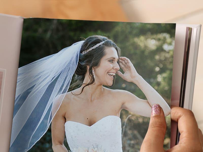 design a wedding album
