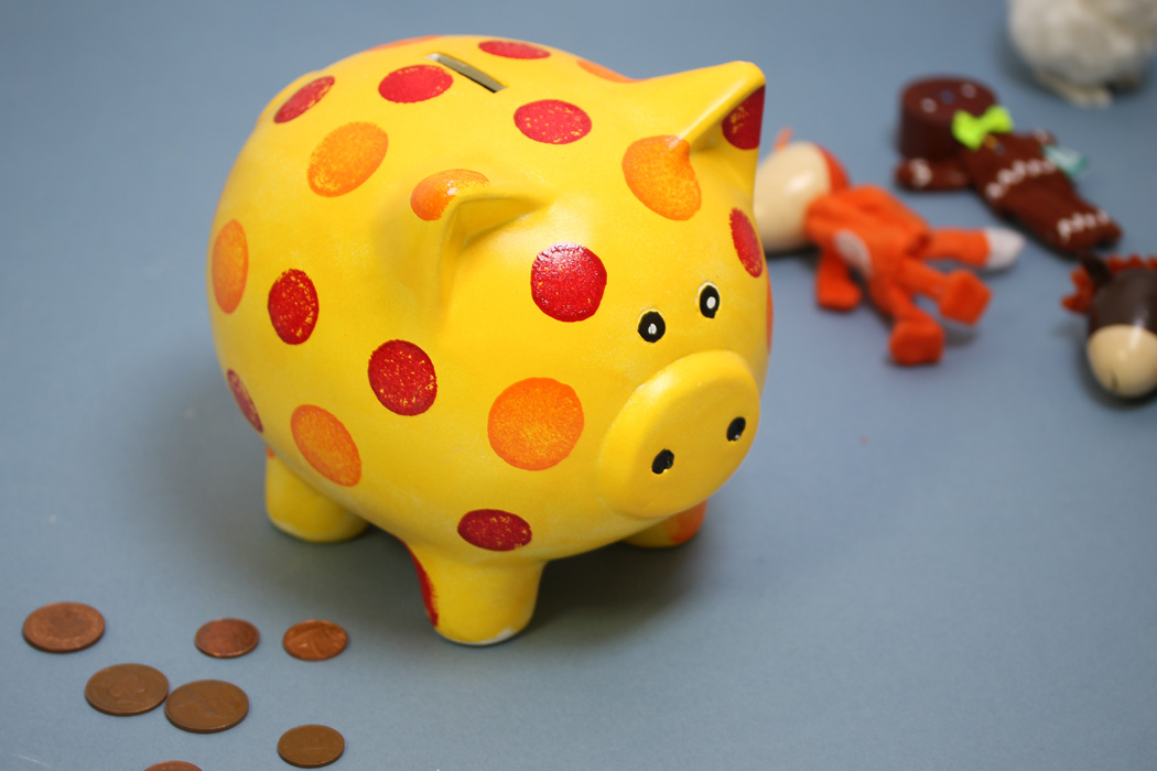 Kids Craft Ideas Easy Part - 38: Easy Art And Craft Ideas For Kids - Personalised Piggy Bank Image Credit:  Hobbycraft