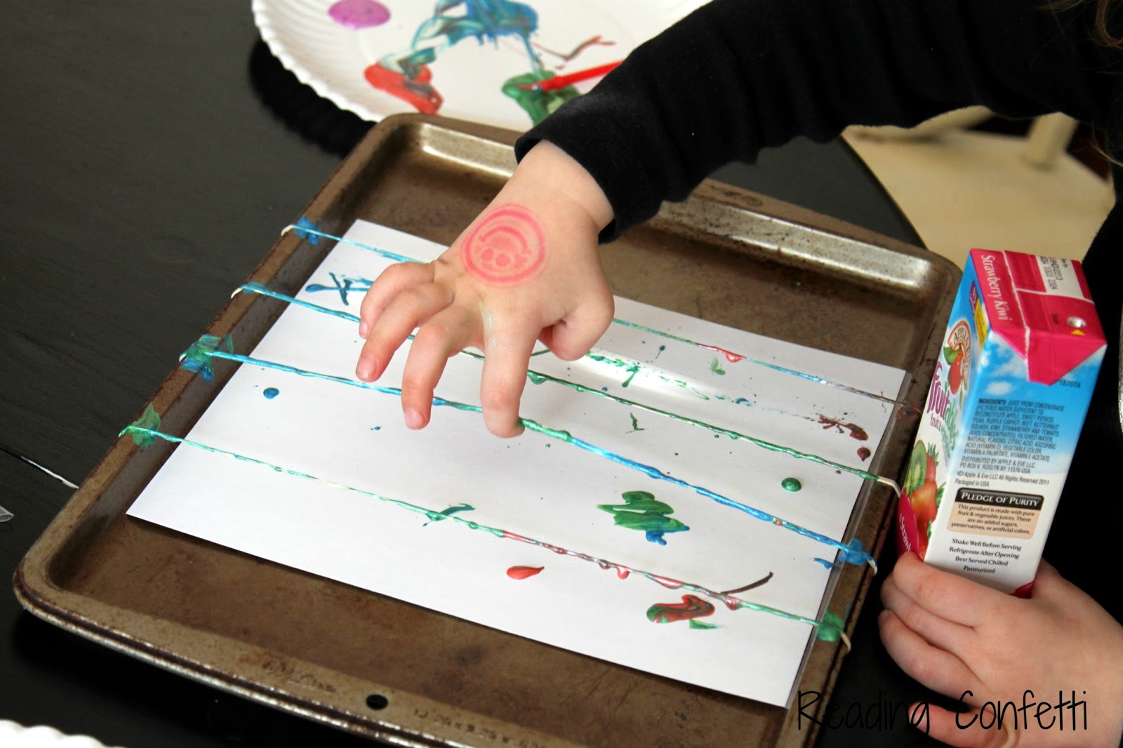 easy art and craft ideas for kids - rubberband flick painting