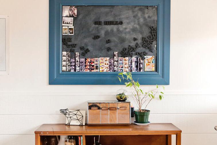 easy DIY wall decor ideas - magnet wall