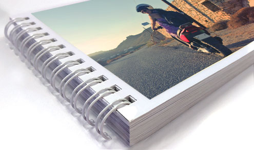 https://www.photojaanic.com/sites/all/themes/bootstrap_business/images/products/minibooks/miniphotobook_big_003.jpg